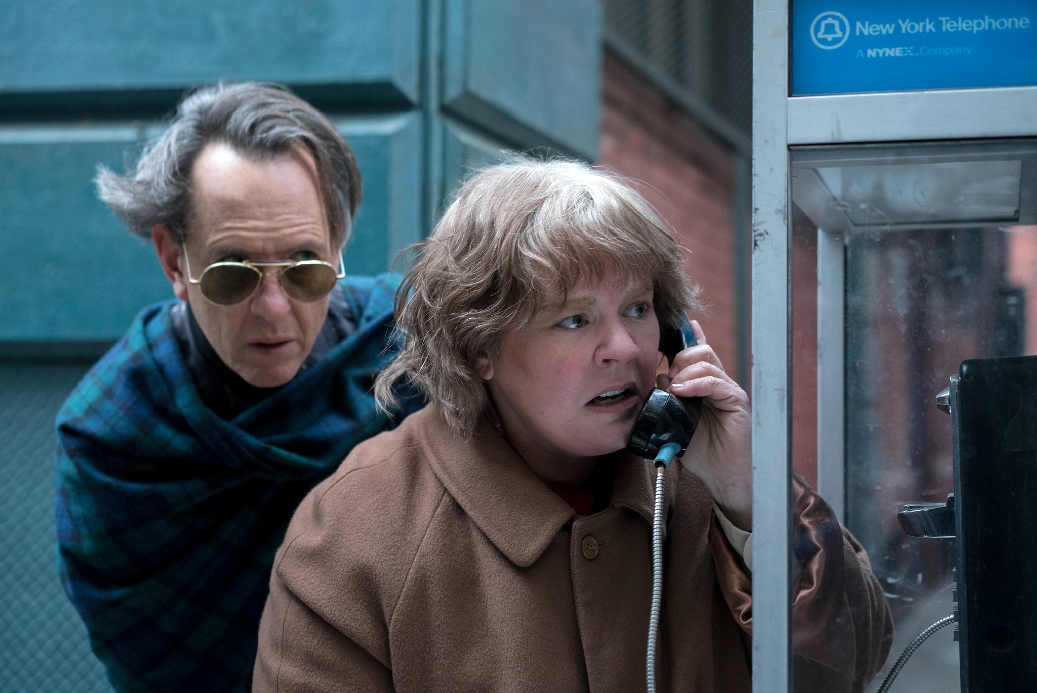 Richard E Grant and Melissa McCarthy in Can You Ever Forgive Me?