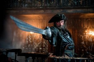 pirates-of-the-caribbean-on-stranger-tides-ian-mcshane-01-550x365