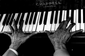 Dave_Brubeck_hands_trim_Hank_ONeal