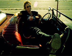 Springsteen_in_car_small