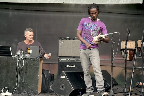 Burnt Friedman and Hakim Kiwanuka in rehearsal