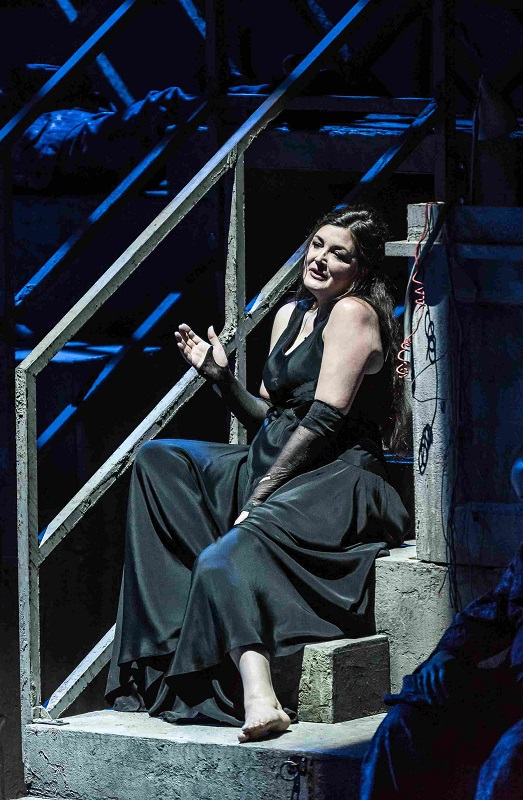 Sara Fulgoni as Marfa in WNO Khovanshchina