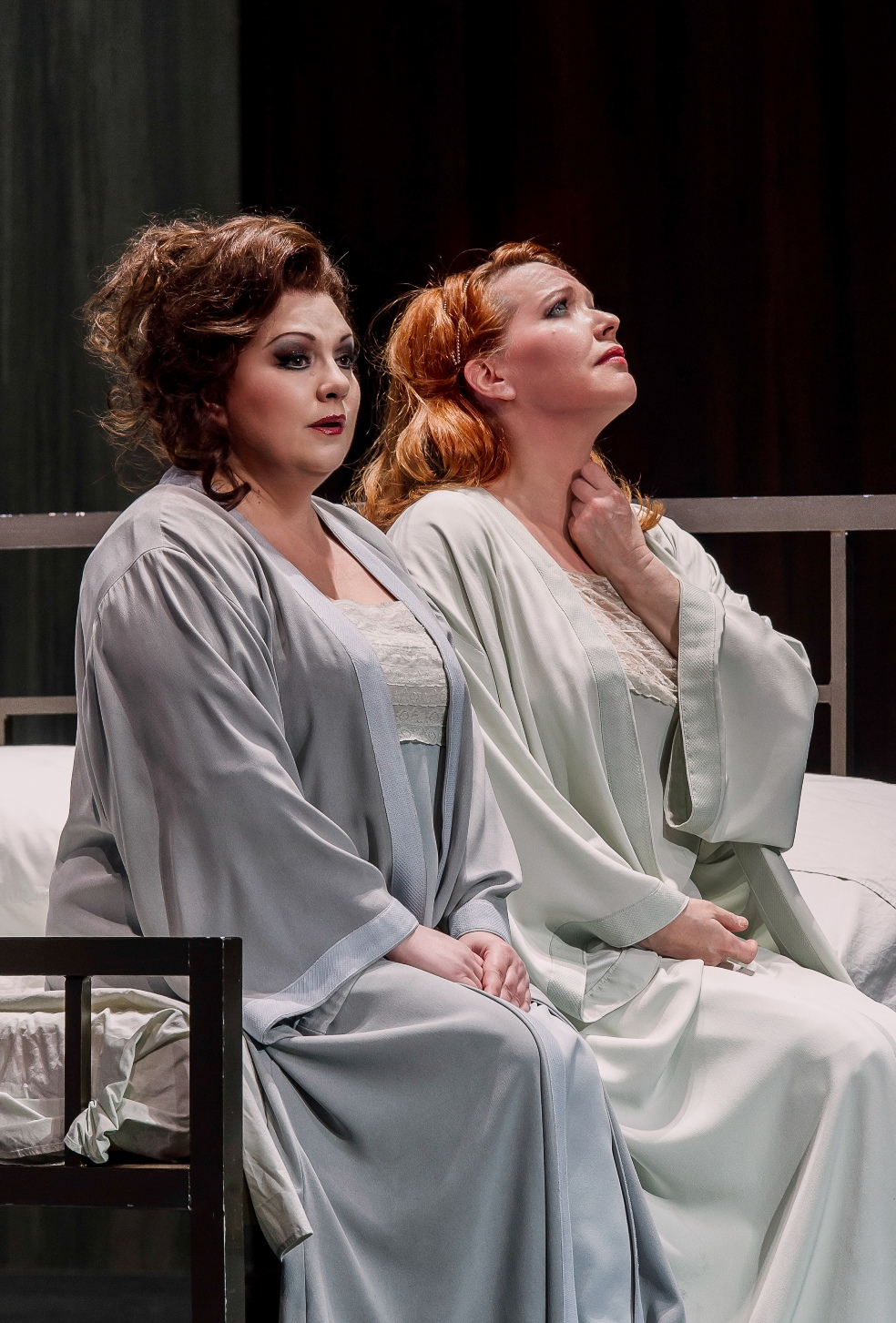 Elena Pankratova and Emily Magee in Royal Opera Die Frau ohne Schatten