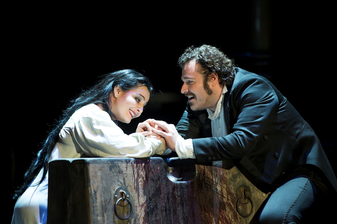 Lianna Haroutounian and Bryan Hymel in the Royal Opera's Sicilian Vespers
