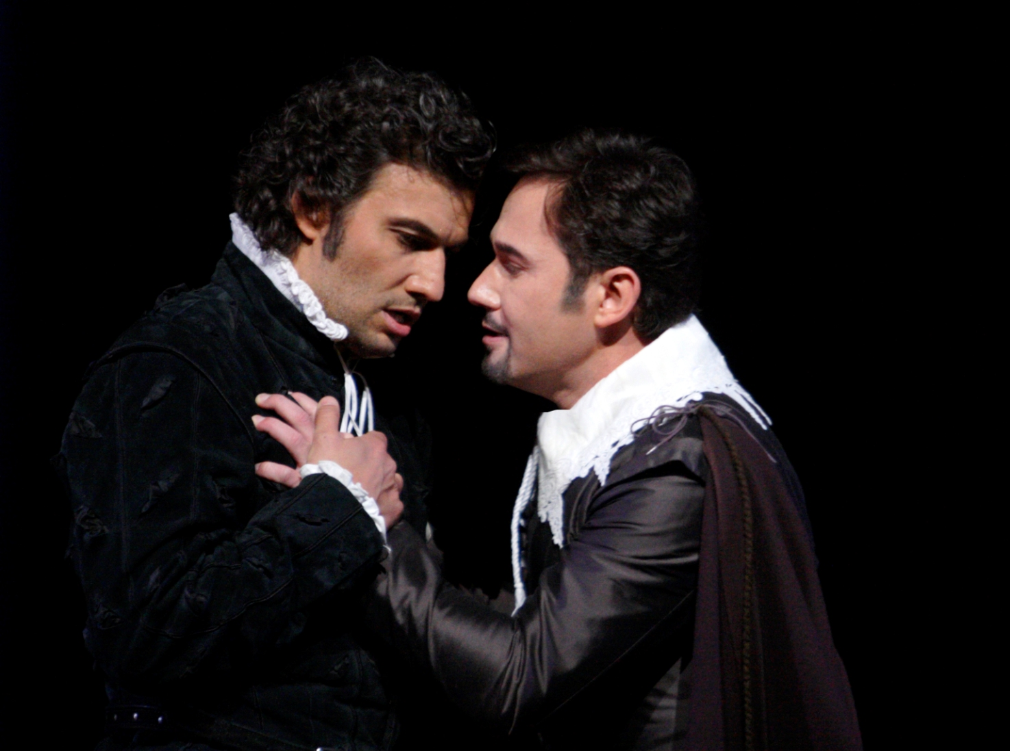 Jonas Kaufmann as Carlo and Marius Kwiecien as Rodrigo in the Royal Opera Don Carlo, photo by Catherine Ashmore