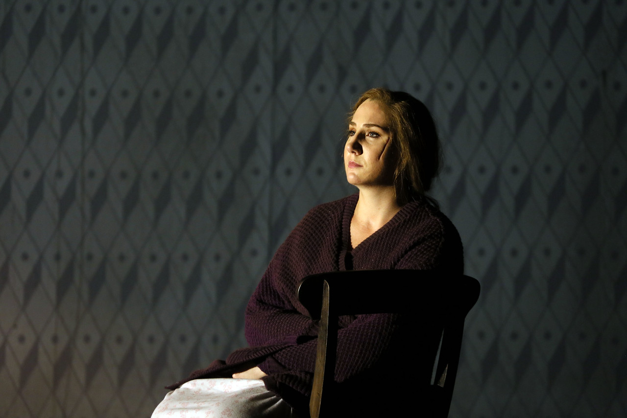 Laura Wilde as Jenufa