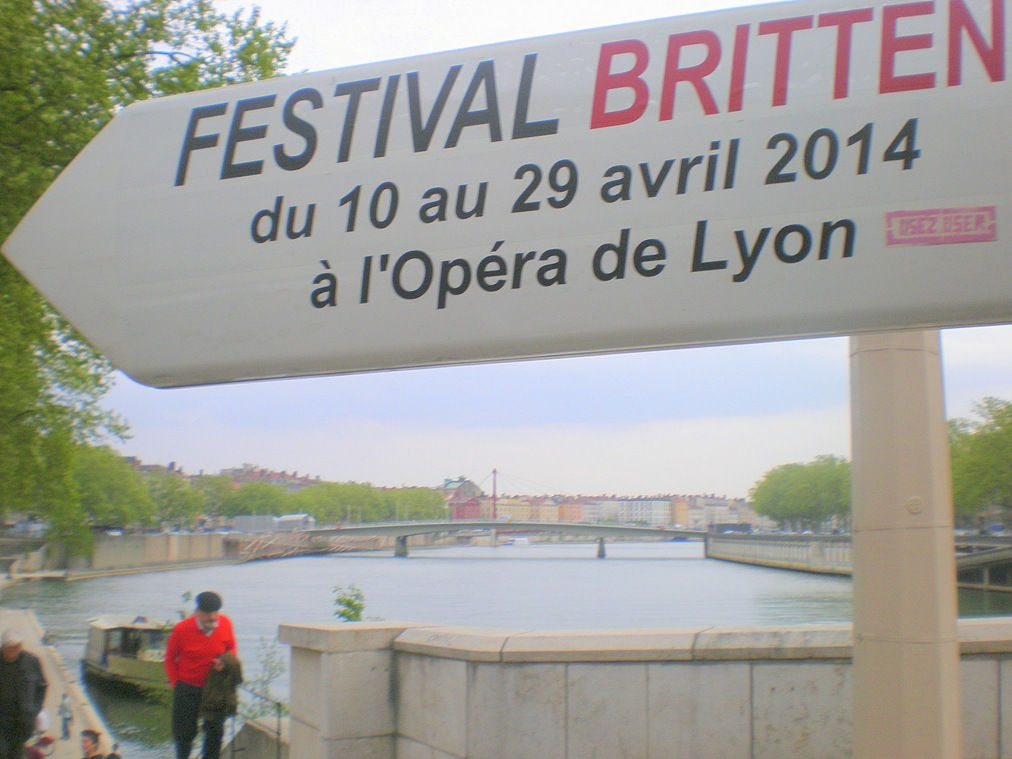 Britten Festival sign on the Saone
