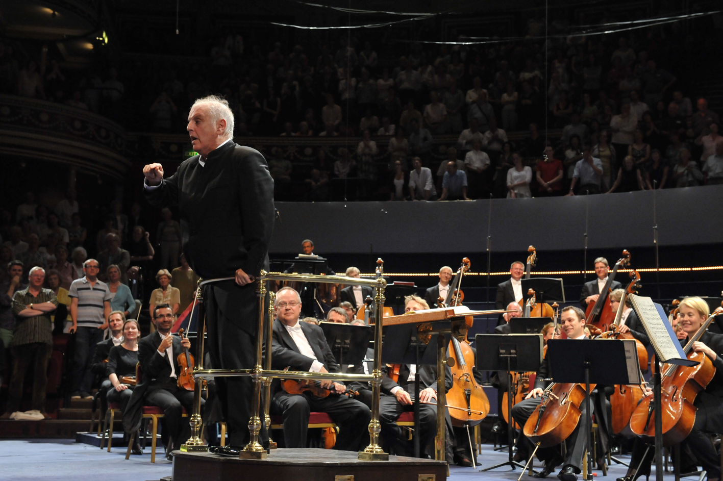 Daniel Barenboim addressing the Proms audience