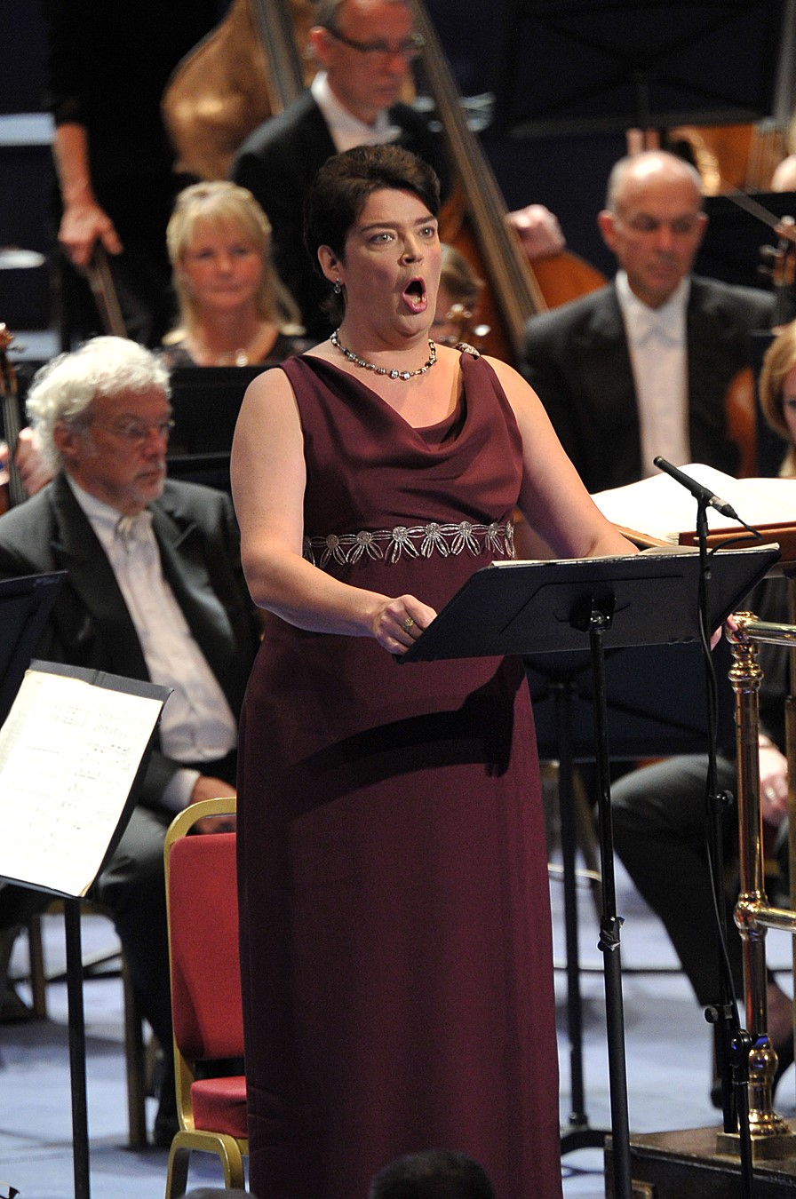 Hilary Summers as Jocasta at the Proms