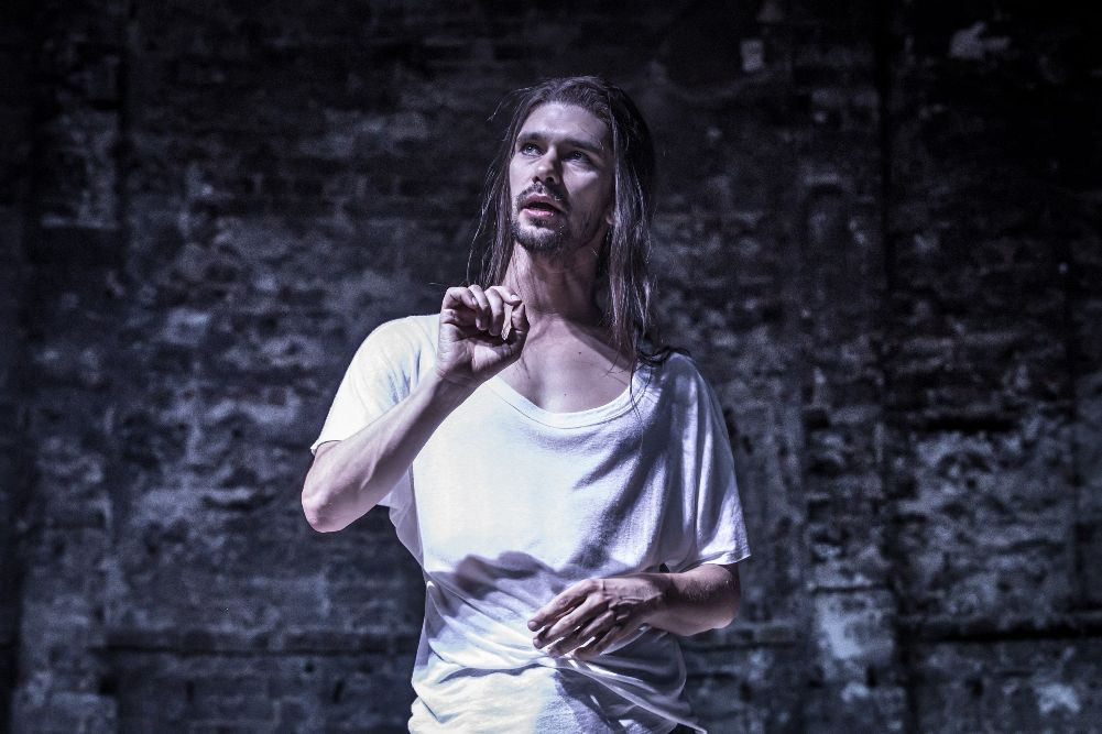 Ben Whishaw in Almeida Bakkhai