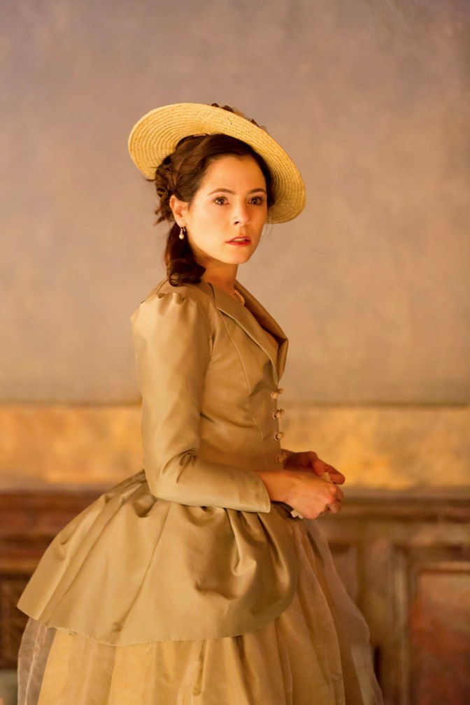 Elaine Cassidy as Madame de Tourvel