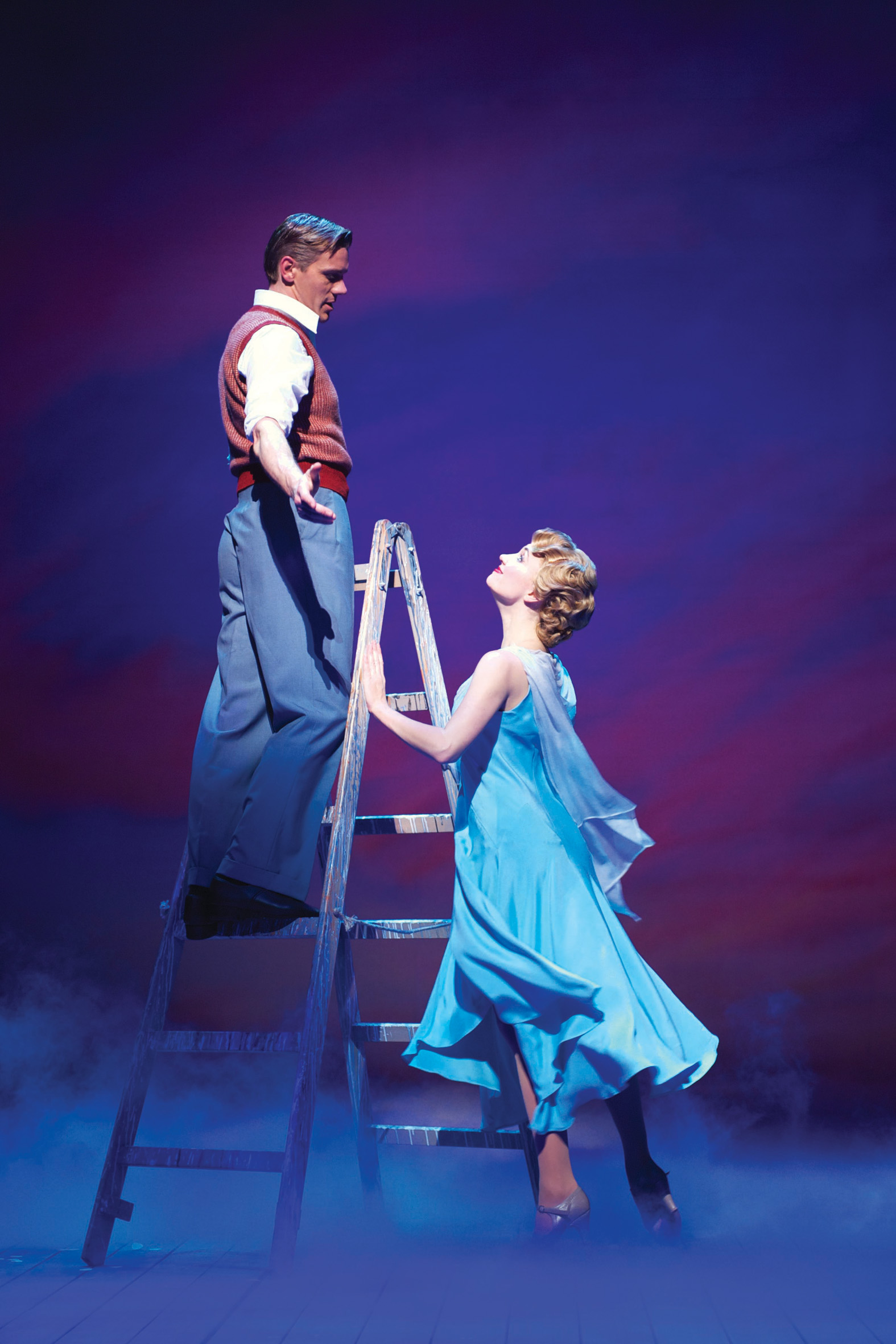 Adam Cooper and Scarlett Strallen in Singin' in the Rain