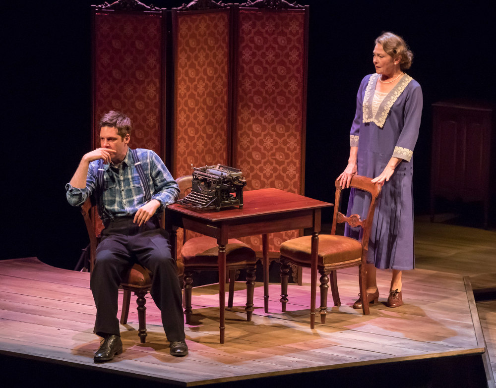 showcasing expressionism and naturalism in the glass menagerie by tennessee williams Healy's production moves deftly between hyper-naturalism and surreal abstraction  after the orchard (nac), the glass menagerie (saidye bronfman centre, canstage.