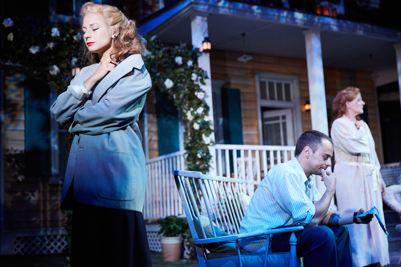 Francesca Zoutewelle, Alex Waldmann, Penny Downie in All My Sons
