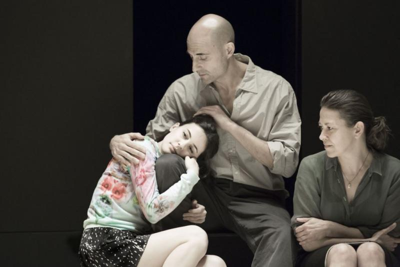Phoebe Fox with Mark Strong and Nicola Walker in A View from the Bridge