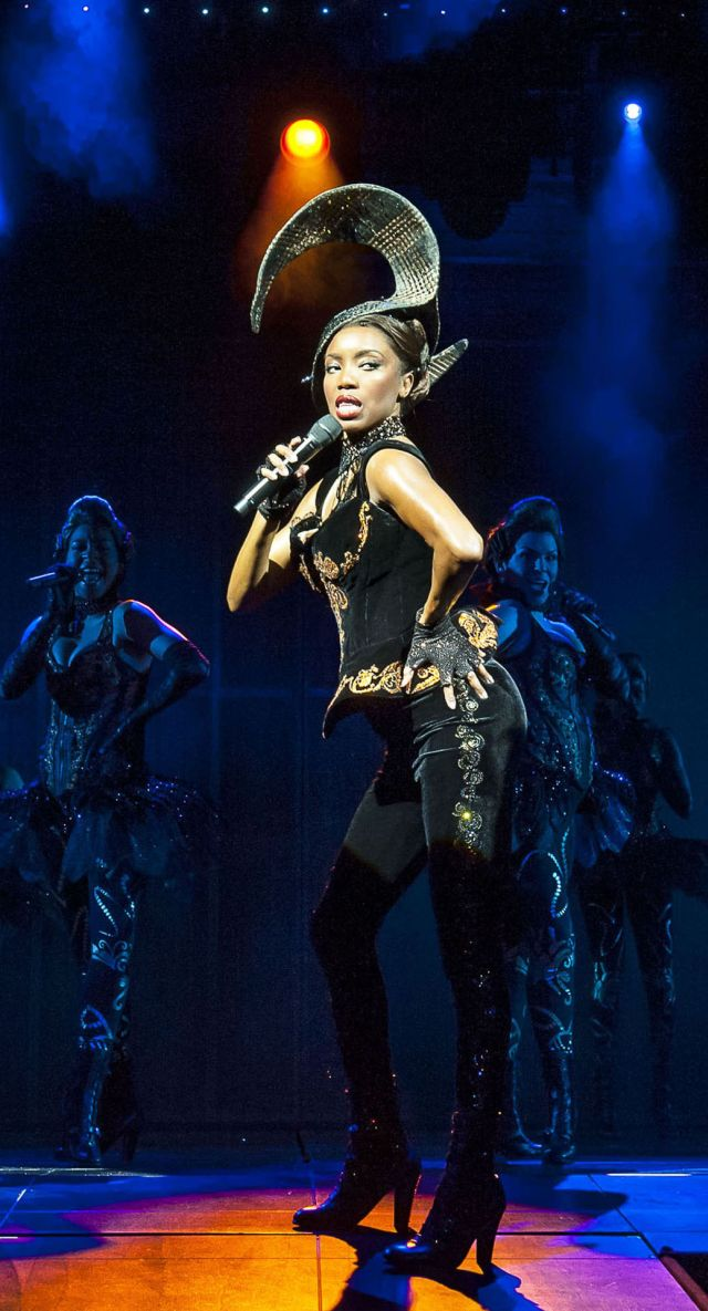 Heather Headley in The Bodyguard
