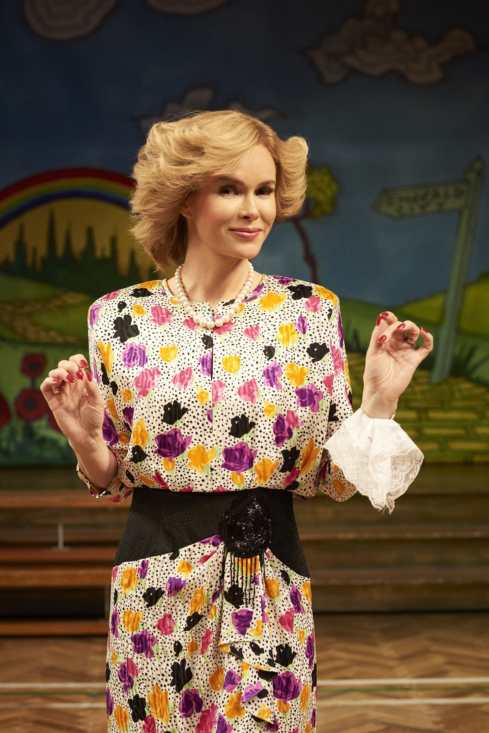 Amanda Holden in Stepping Out, Vaudeville Theatre