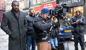 Luther_on_set_trim