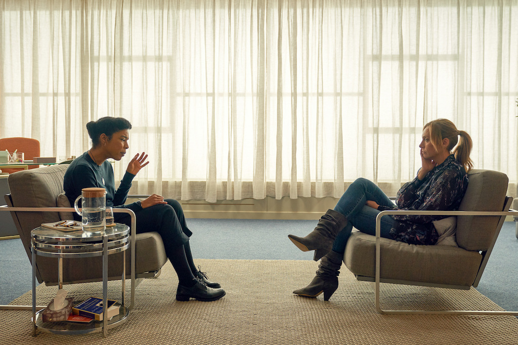 Sophie Okonedo and Toni Collette in Wanderlust