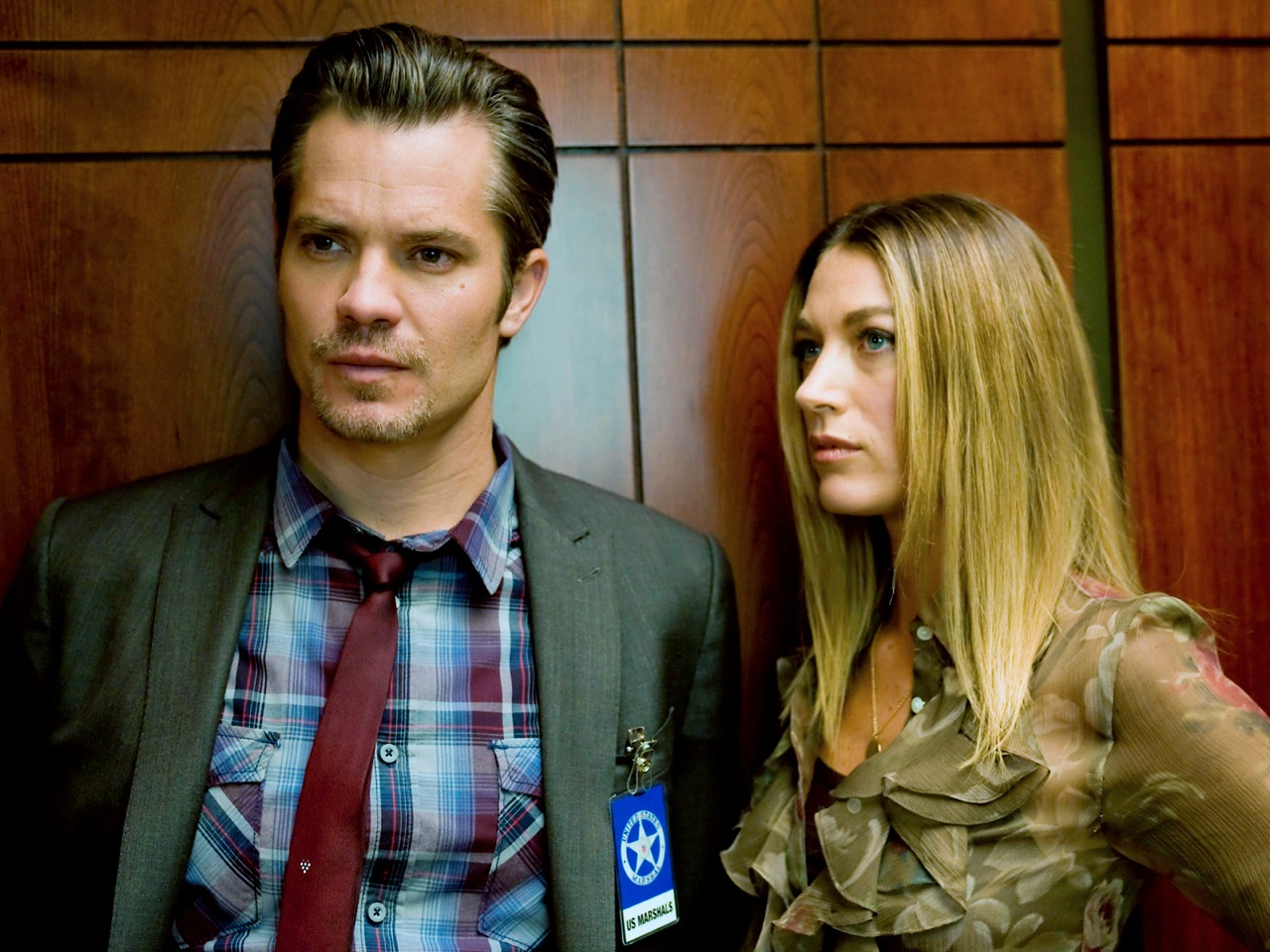 Timothy Olyphant and Natalie Zea in Justified
